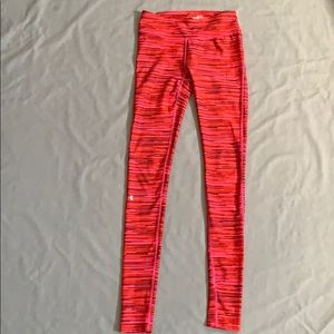 Red Under Armour heatgear Compression Leggings